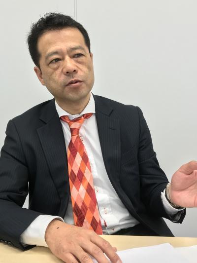 写真1_滝沢副社長.jpg